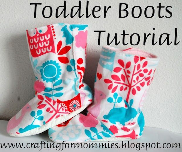 Keep little toes cozy in cooler temps with this easy-to-follow tutorial for making your own super-cute DIY toddler boots!