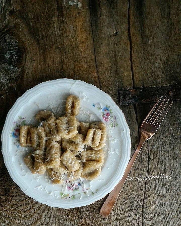 la cucina in collina: gnocchi di pane secco