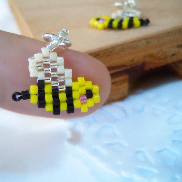 Honeybee Seed Bead Charm Peyote Stitch Bead Weaving by BeadCrumbs
