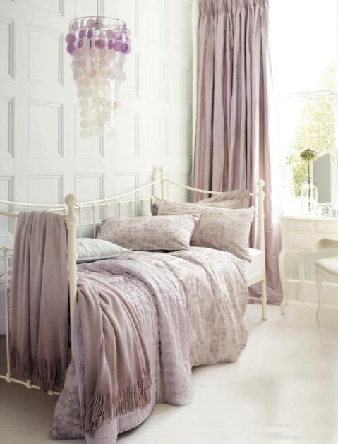 Oh my goodness .....lavender. So soft and comforting ~ and I love the chandelier and lavender throws .......... Susan ~♥♥♥♥~