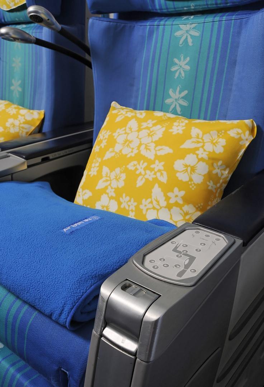 Poerava Business class aboard Air Tahiti Nui