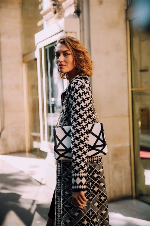 ARIZONA MUSE - SS17 PFW Model's look: lo stile delle modelle a Parigi - Vogue.it