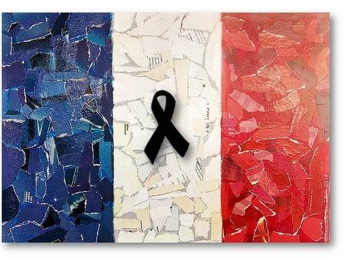La France touchée au coeur: Nice(Côte d'Azur/Riviera) 14 Juillet 2016 Fête Nationale, un camion fonce dans la foule qui assistait au feu d'artifice...attentat. Pensées aux victimes et leurs familles.