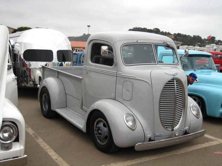 After backing the '47 W/ The '39 Ford COE, The Driver's a little camera shy...