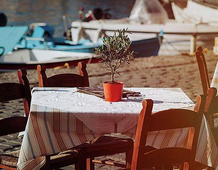 NadyaEugene Photography - Greek tavern concept