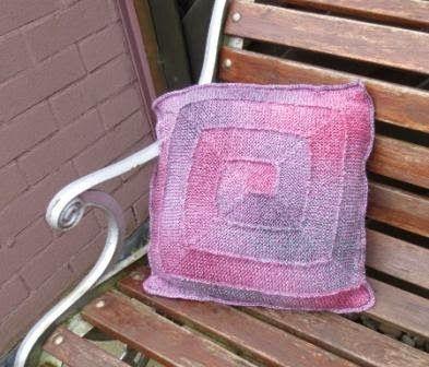 Fat-Quarter: Ten stitch pillow