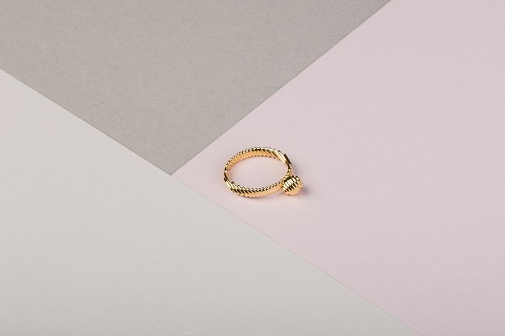 Pearl Ring https://www.shapeways.com/product/CEGQ5KXAG/archetype-pearl-ring?optionId=61894013