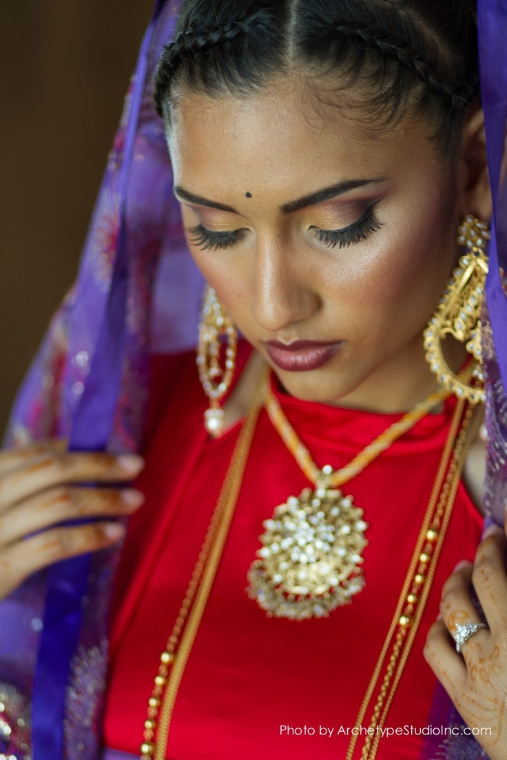Worst makeup mistakes on your wedding indian bridal diaries - Reds Purple Pops Of Turquoise Alterntive South Asian Bridal Inspiraion Asian Wedding Ideas