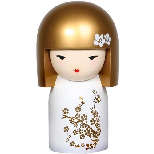 Je suis Mio, aussi surnommé Belle Fleur. J'incarne la beauté et la promesse. Tu libères ma force en cultivant tes dons et tes talents afin qu'ils se développent et s'épanouissent ...