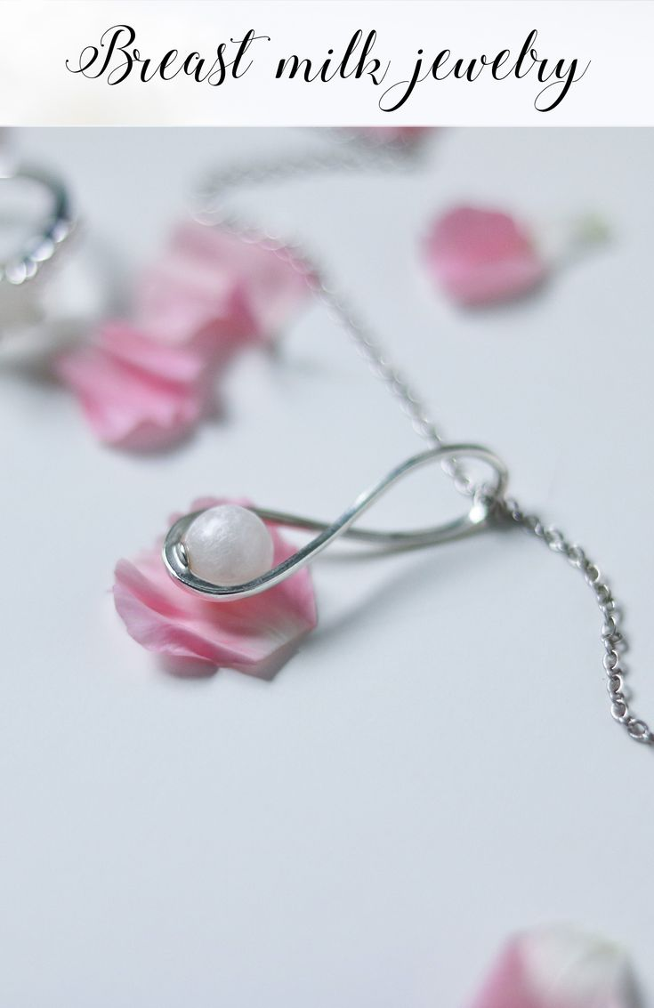Breast Milk Jewelry by La Joie En Rose #pendant #ring #necklace #earrings #Breastfeeding #breastmilk #jewelry #ring #nursing #mother #breastmilkjewel #allaitement #photooftheday #maman #allaiter #bébé #baby #Breastfeedingsupport #Breastfeedingmama #allaitementmaternel #mamanallaitante #bijoux #bijou #bijouxlaitmaternel #Canada #lajoieenrose