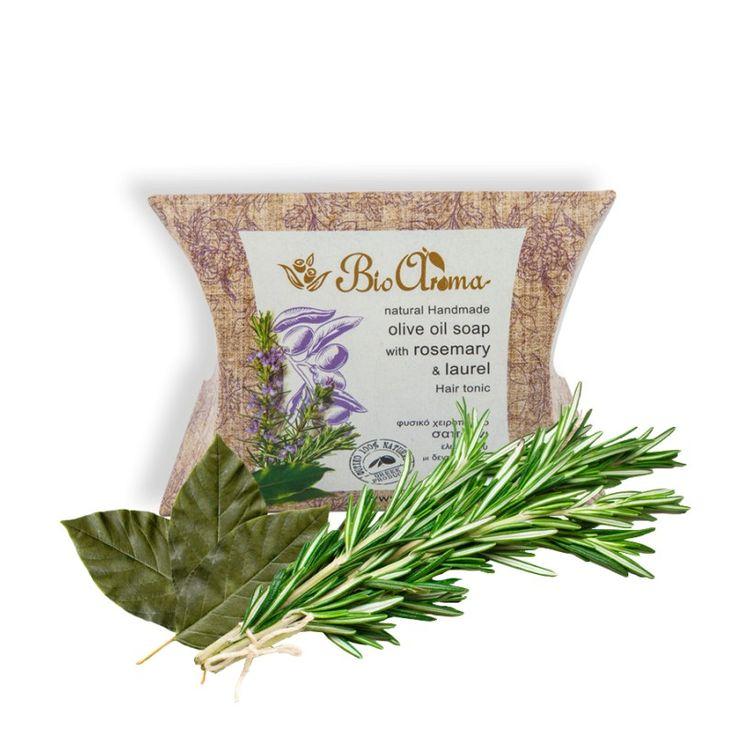 Σαπούνι ελαιολάδου για Τριχόπτωση 90gr  € 3.40 Με δεντρολίβανο και δάφνη για τριχόπτωση. 100% Φυσικό Σαπούνι ελαιολάδου για την τόνωση των μαλλιών. Τα αιθέρια έλαια που περιέχουν συμβάλλουν στην ενδυνάμωση της τρίχας και λάμψης των μαλλιών. Ιδανικό για άντρες αλλά και γυναίκες με λεπτή τρίχα. Προσφέρει όγκο και δίνει λάμψη στα μαλλιά.