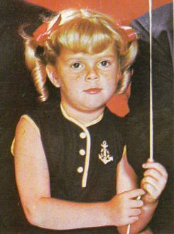 Anissa Jones  Born 03-11-1958  Died: 08-28-1976 (Accidental Overdose - Her fatal overdose was of a combination of cocaine, angel dust, Quaaludes and Seconal. The San Diego County coroner said it was one of the most severe cases of drug overdose ever seen in San Diego County.)   TELEVISION     Family Affair Buffy Patterson-Davis (1966-71)