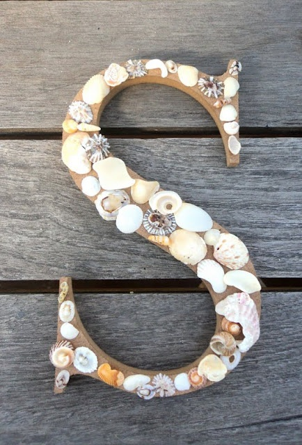 Shell initial...LOVE this, and it's the right letter! (Seriously, this can't be too hard to make right?)