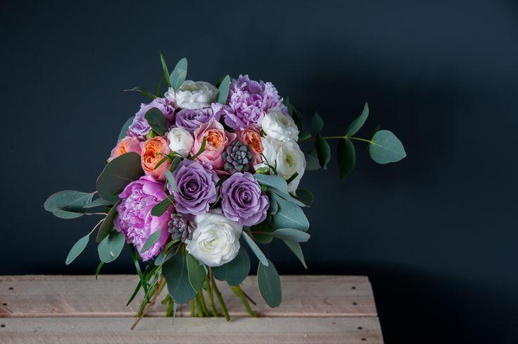 Bukiet Ślubny #bukiety #bukietyslubny #slub #kwiaty #zielonenabialym #slubwplenerze #kochamkwiaty