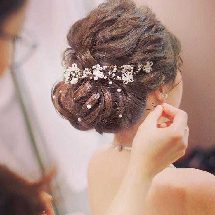 ヘアスタイルに〔パール〕を潜ませた、可愛いぎる結婚式の髪型7選♩ | marry[マリー]
