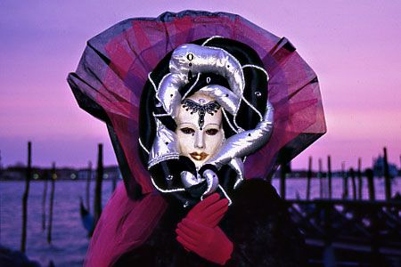 Italy Photo Gallery: Venice, the masked carnival. | follow board on: http://pinterest.com/riccai