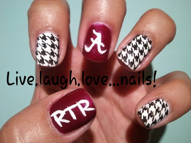 Crimson Tide University of Alabama style nail design #eatatjacks