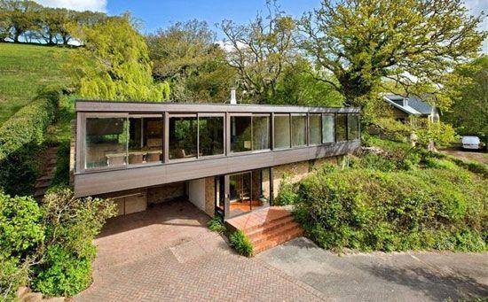 On the market: Bryan Tanner-designed Dominoes 1960s modernist property in Stoke Gabriel, Devon on http://www.wowhaus.co.uk