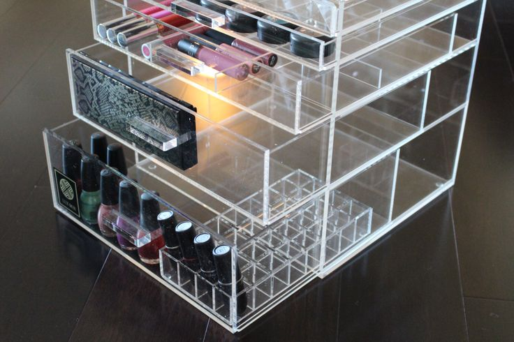 Clear Makeup Organizer Large 5 drawer Acrylic by LUXBOXES on Etsy https://www.etsy.com/listing/229697925/clear-makeup-organizer-large-5-drawer