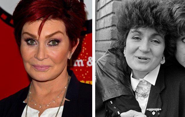 Sharon Osbourne a admis être allée trop loin avec les retouches esthétiques. Elle a notamment avoué des chirurgies au visage, dont un lifting, un lifting des jambes et des implants mammaires.