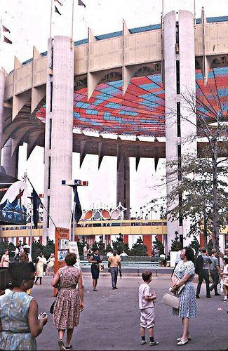 New York World's Fair 1964 | Flickr - Photo Sharing!   http://www.pinterest.com/pin/531284087264856602/