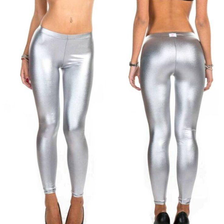 We're born to shine!!! New leggins collection #ilovebikini!!! www.ilovebikini.it  #newcollection #ilovebikinistyle #madeinitaly #instagood #leggins #shine #ilovebikinigirls #followthestyle #fashion #igers #shooting #solocosebelle #swag #amazing #bestoftheday #like4like #instamood #instahub #instagood #moda Model @annierco