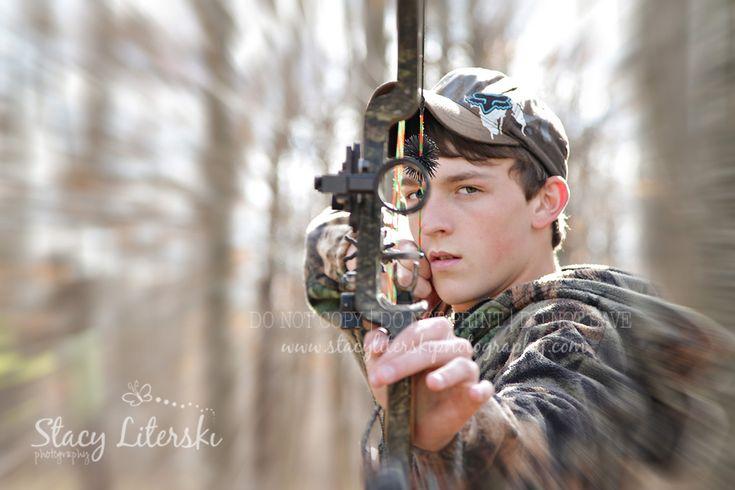 High School Senior Boy Bow Hunting www.stacyliterskiphotography.com
