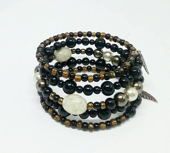 Retrouvez cet article dans ma boutique Etsy https://www.etsy.com/ca-fr/listing/569243869/bracelet-brun-bracelet-noir-bracelet