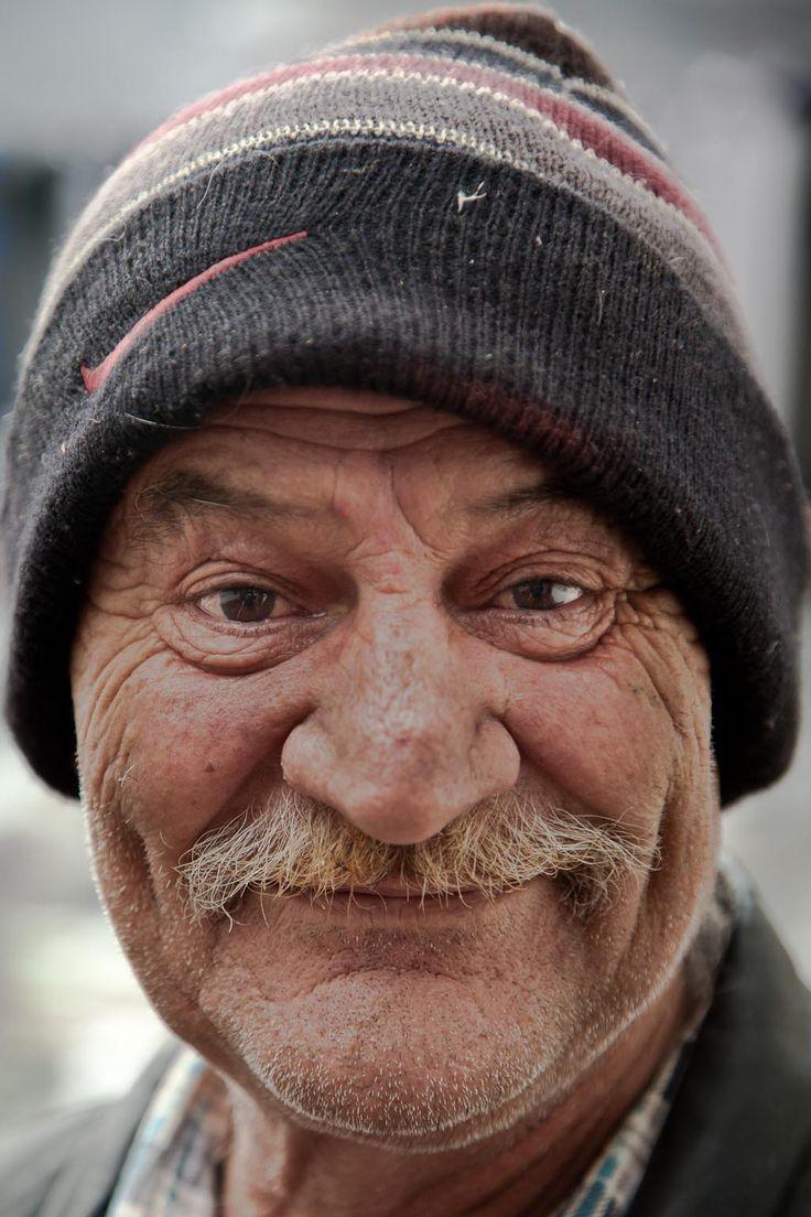 довольно открытки улыбка прикольных стариков сегодняшний день