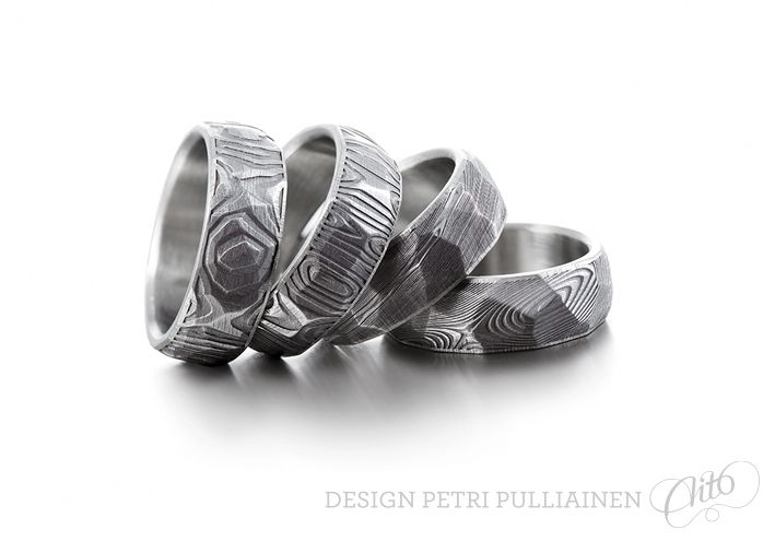 Set of four faceted Damascus steel ring. Photo Mikael Pettersson.