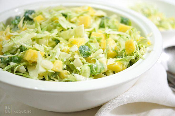 die besten 25 apfel krautsalat ideen auf pinterest wei kohlsalat krautsalat salat und paleo. Black Bedroom Furniture Sets. Home Design Ideas