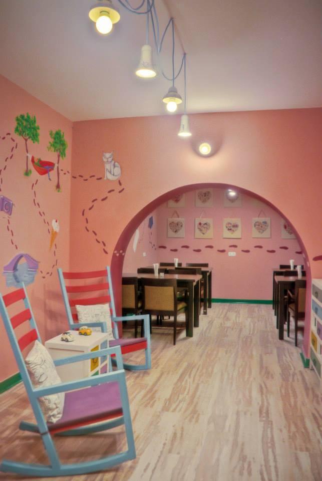 Non smokers - playground room