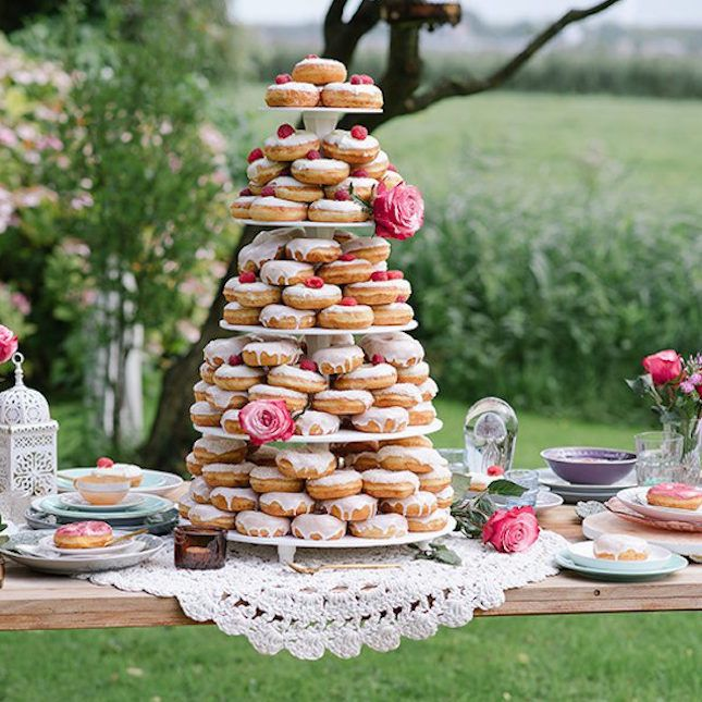 26 Reasons to Throw an Epic Brunch Wedding | Brit + Co