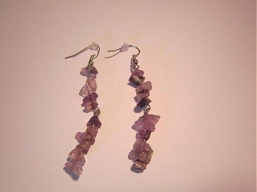 Sperkarstvo-Lucka / Minerály na dvoch nitoch fialové