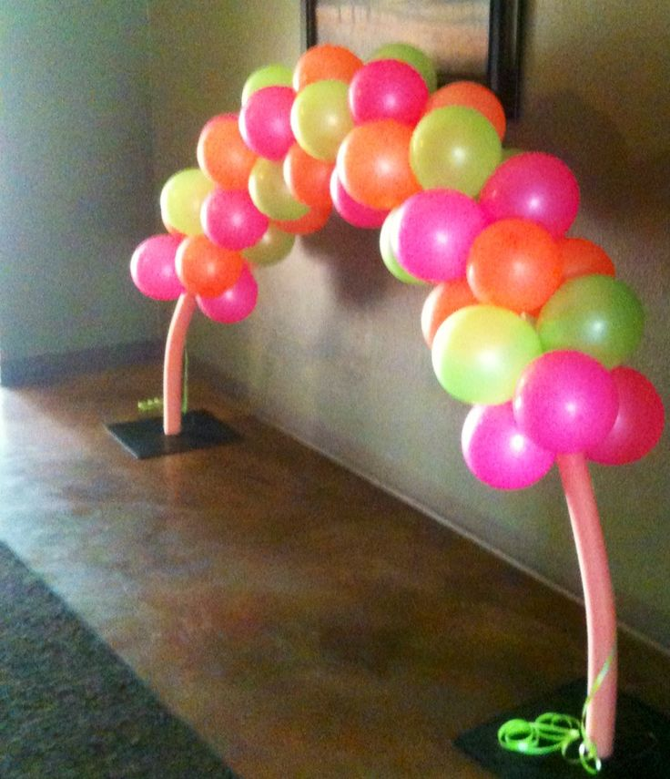 how to make balloons glow