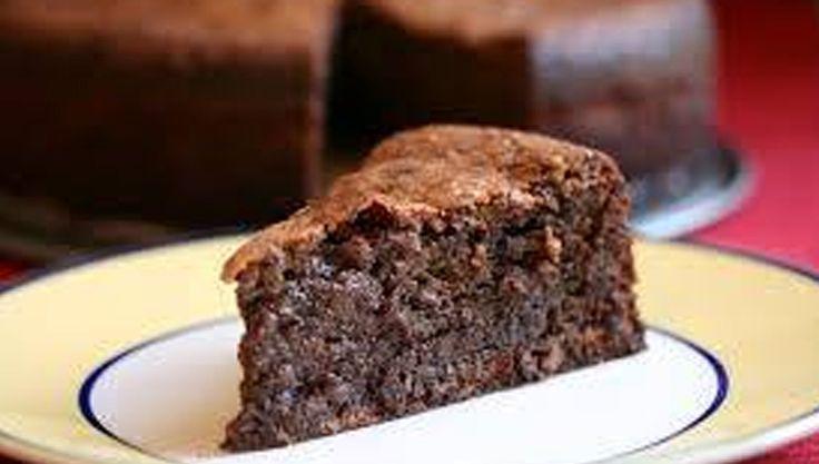 Jamie mandulás - diós csokoládé tortája - http://dynamit.hu/jamie-mandulas-dios-csokolade-tortaja/