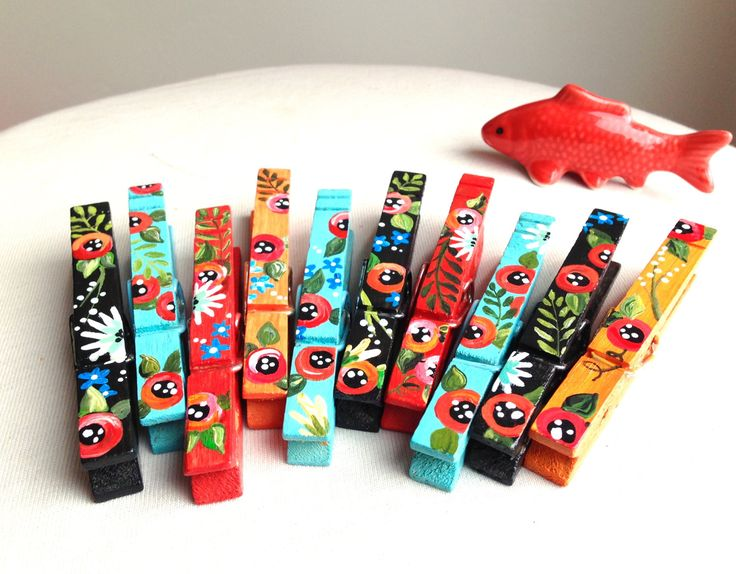 10 FLOWER CLOTHESPINS magnets hand painted blue black red orange fiesta wedding favor by SugarAndPaint on Etsy