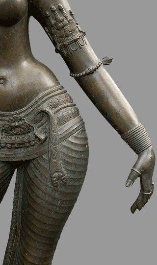 Parvati - c1200 Chola bronze statue, S. India (Tamil) http://humidfruit.wordpress.com/2010/07/26/them-tamils/