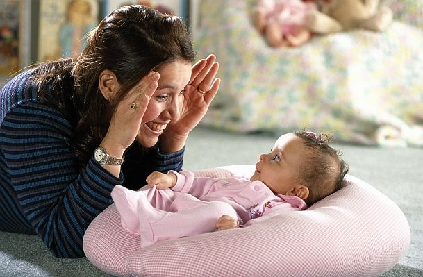 Infant Brain Stimulation: Things to do with baby, by age