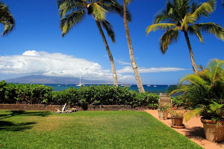 Lahaina Roads: Oceanfront Maui Vacation Rentals, Hawaii Condos for Rent with Vacation-Maui.com