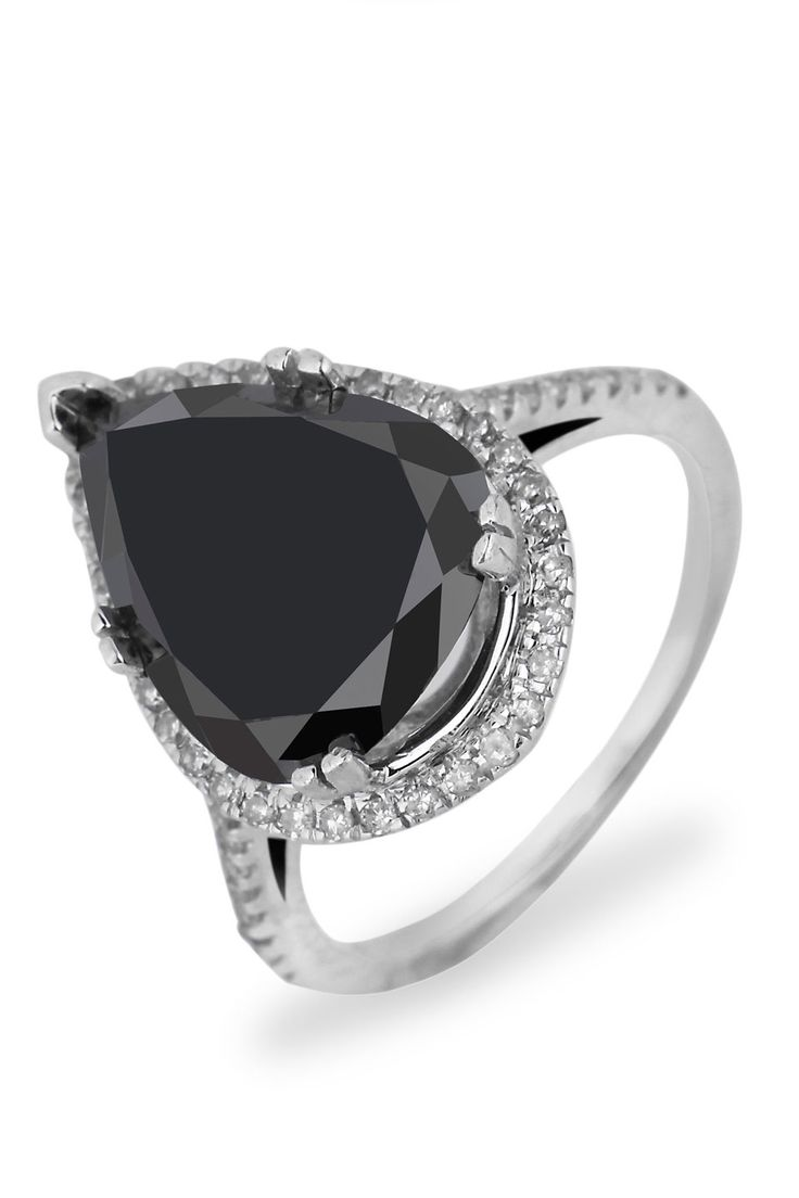 Bijoux Majesty Sizeable 490 Ct Diamond Cocktail Ring In 14k White Gold Black  Diamond Engagementblack