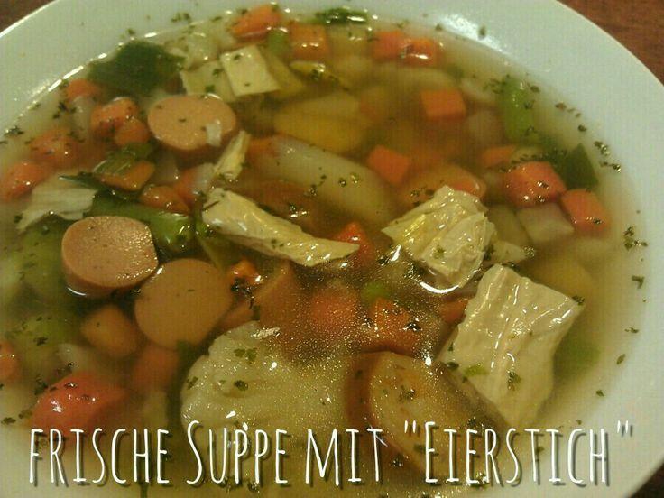 Vegane Eierstichsuppe. Eintopf ist doch immer deftig lecker.  http://snuyourlife.wordpress.com/2014/02/19/frische-suppe-mit-eierstich/ #eierstichvegan #tofuhaut #driedbeancurd #tofu #frischesuppe #erkältung #frausnuandthev