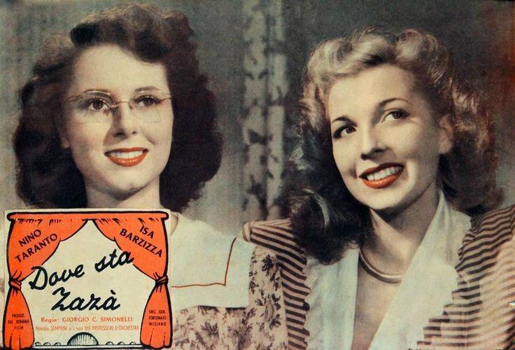 """On the right: Isa Barzizza. Lobby card for Giorgio Simonelli's revue comedy """"Dove sta Zazà"""" (Italian title: """"Where Is Zazà"""", 1947)."""