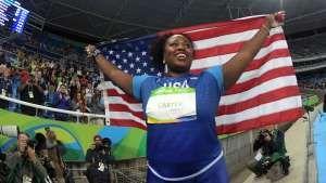 Michelle Carter wins gold in women's shot put