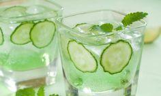 Göbek yağlarını eriten salatalık çayı tarifi - Yediklerinizin kolay sindirilmesini sağlayan bu çay tatlı isteğinizi azaltacak. http://www.hurriyetaile.com/sizin-icin/beslenme-diyet/gobek-yaglarini-eriten-salatalik-cayi-tarifi_15335.html