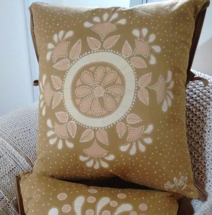 Pillows, Batik, decoration, original,  Hand Made, desing. Decoración de interiores, decoración del hogar, arte hecho con amor. Cojines, caminos de mesa, obras de arte para la decoración.