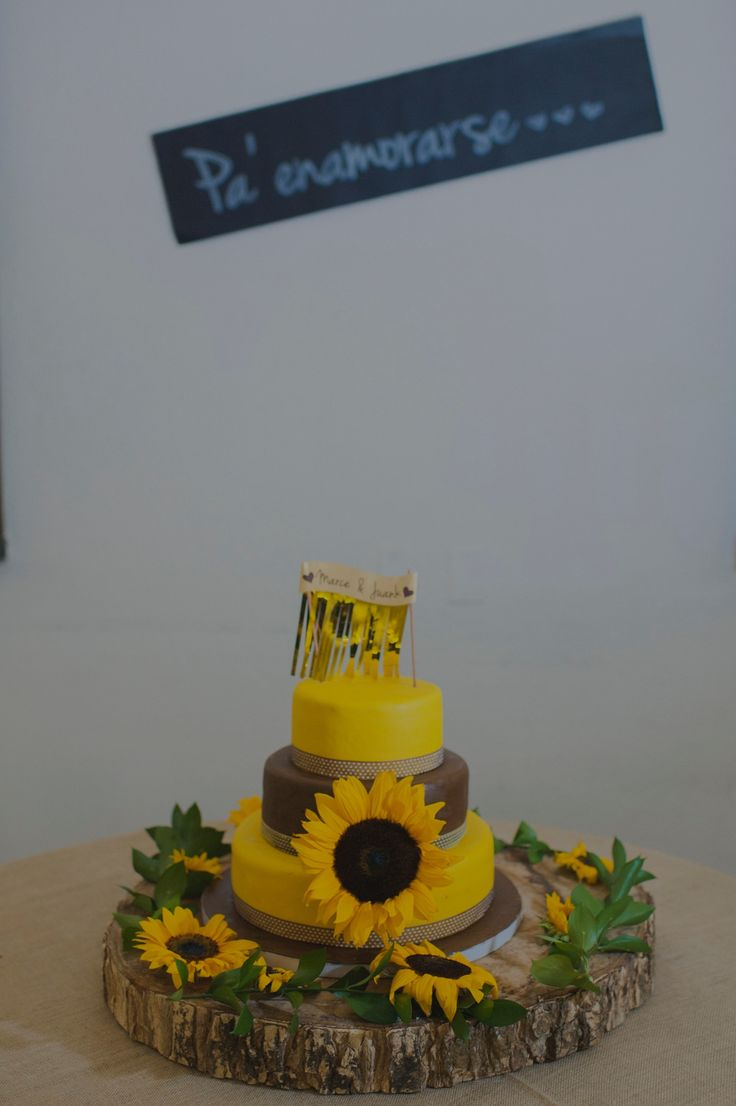 Wedding cake? Noooo. Original Cake