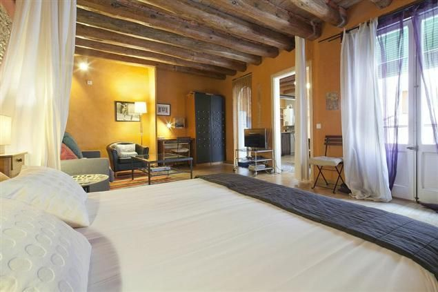 The Manuela Apartment in Barcelona, for 2 people, from 64€/night!