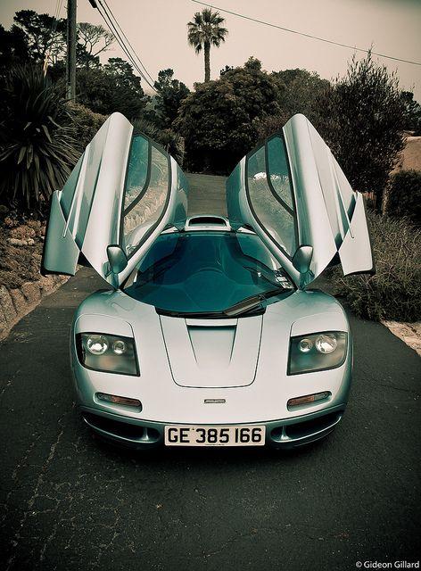 ♂ Silver car Mclaren F1