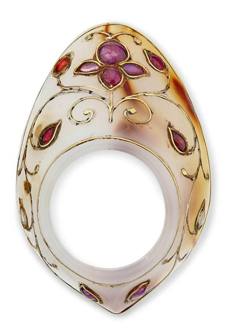 India | Archer's ring; onyx, gemstones and gold wire | 2'020£ ~ Sold (Apr '12)